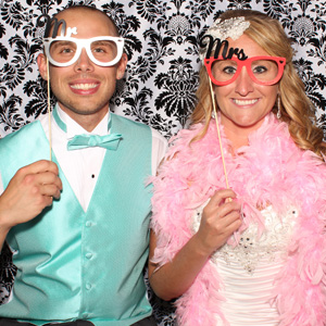 Wedding Photo Booth | Pittsburgh Photo Booth | Wenning Entertainment